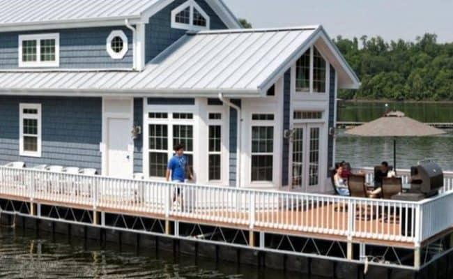 Harbor Cottage 2-Story Houseboat