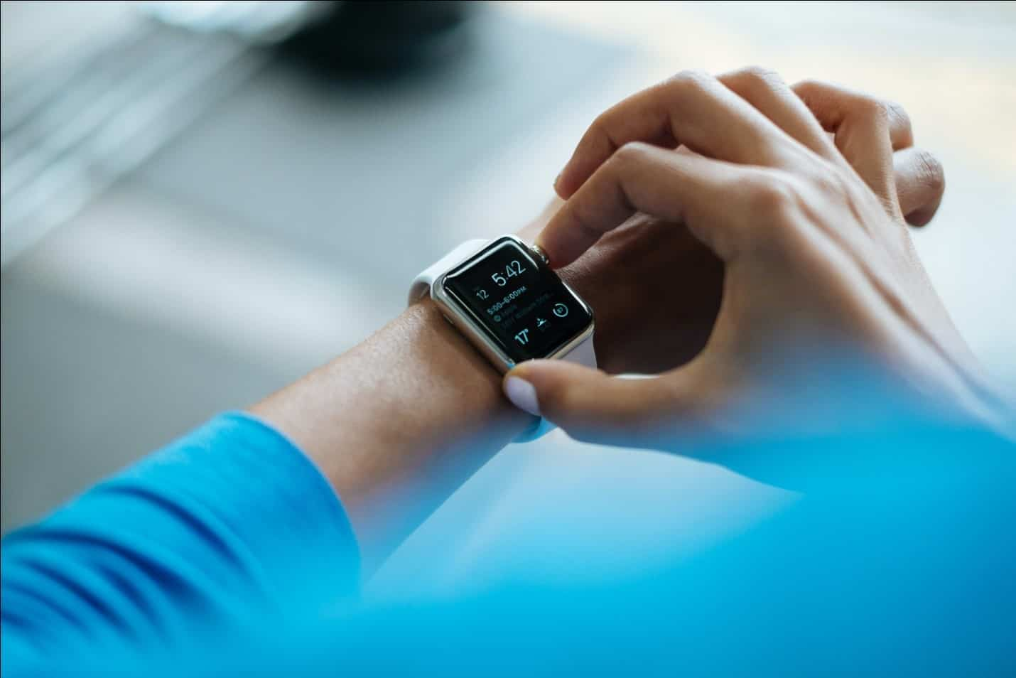 How to Choose the Best Waterproof Fitness Tracker